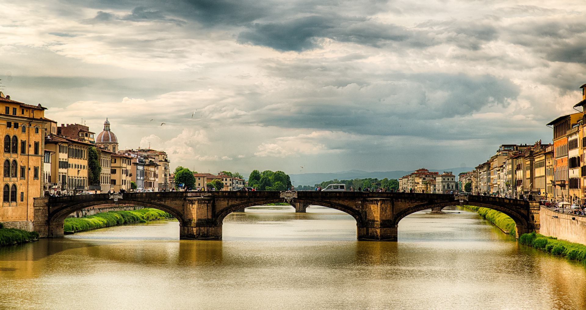 stories/2016-06-30-bridges-of-florence