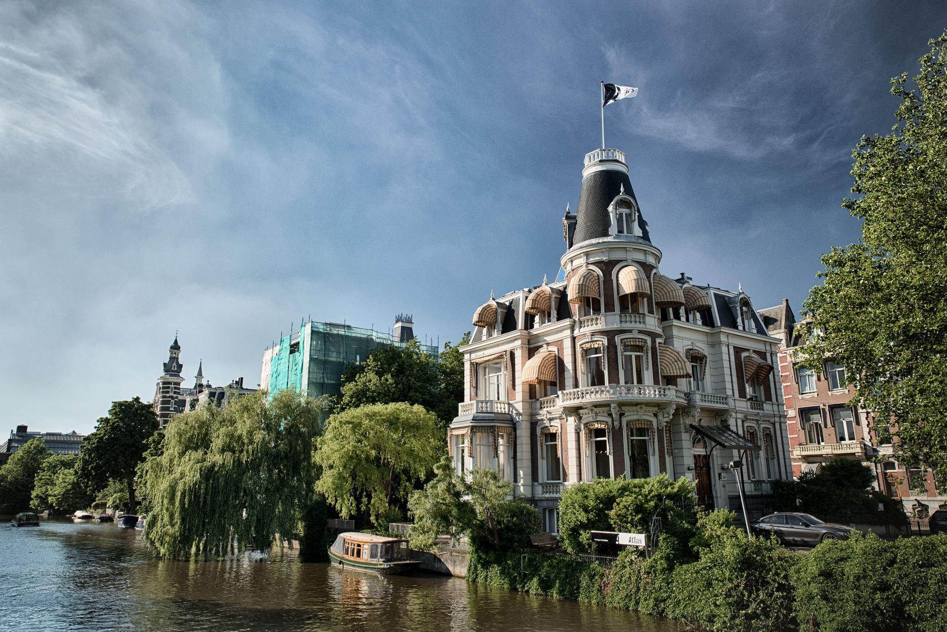 stories/2017-06-17-summer-in-amsterdam