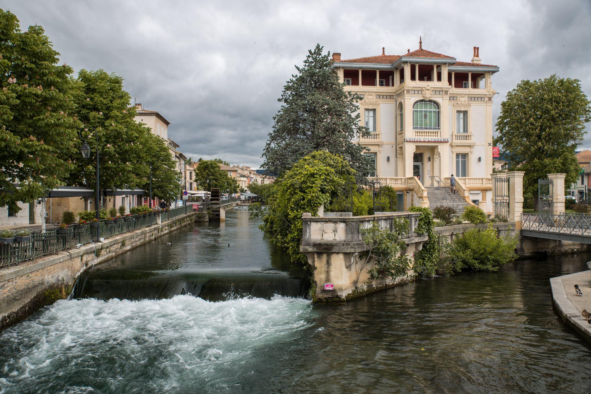 stories/2019-11-05-amazing-provence/lisle-sur-la-sorgue