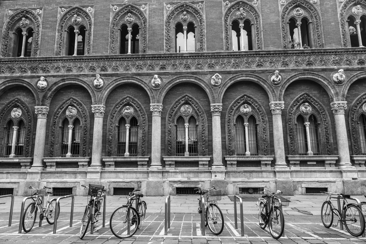 Milan windows and bikes