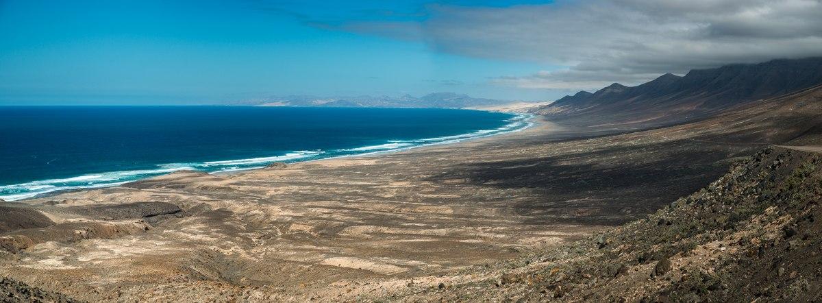 Fuerteventura couds and ocean