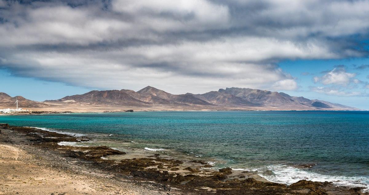Ocean and mountains in Fuerteventura