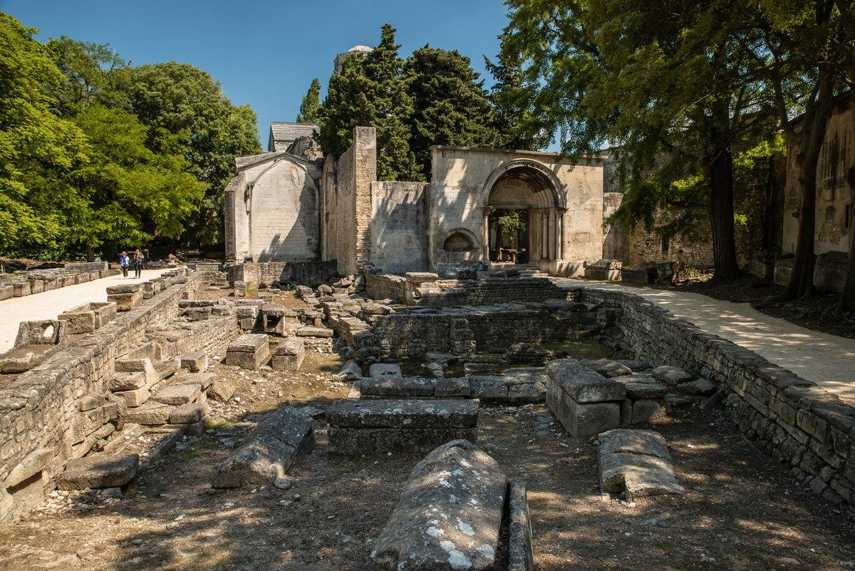 Arles ruins