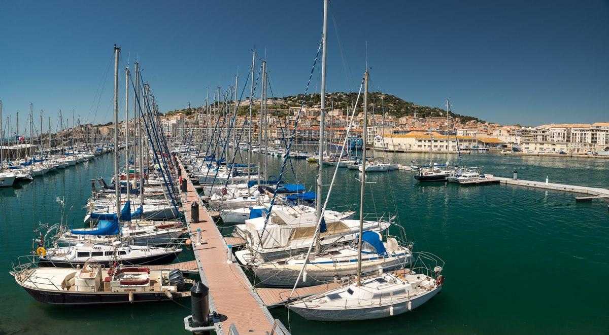 Sete harbour