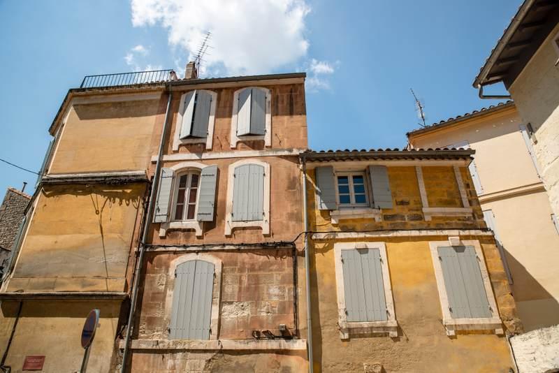 Arles architecture